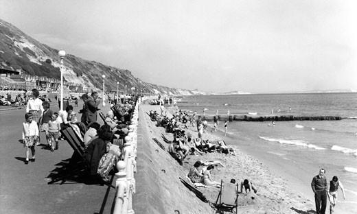 Southbourne, the Promenade c1955 : Stock Photo