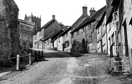 Shaftesbury, Gold Hill 1955 : Stock Photo