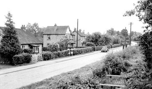 Tibberton, Main Road c1960 : Stock Photo