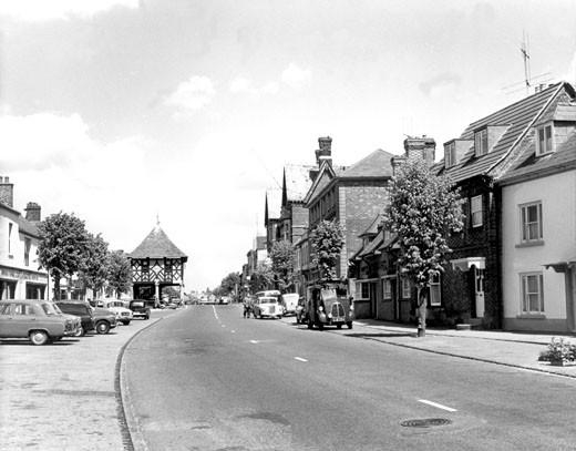Wootton Bassett, High Street c1965 : Stock Photo