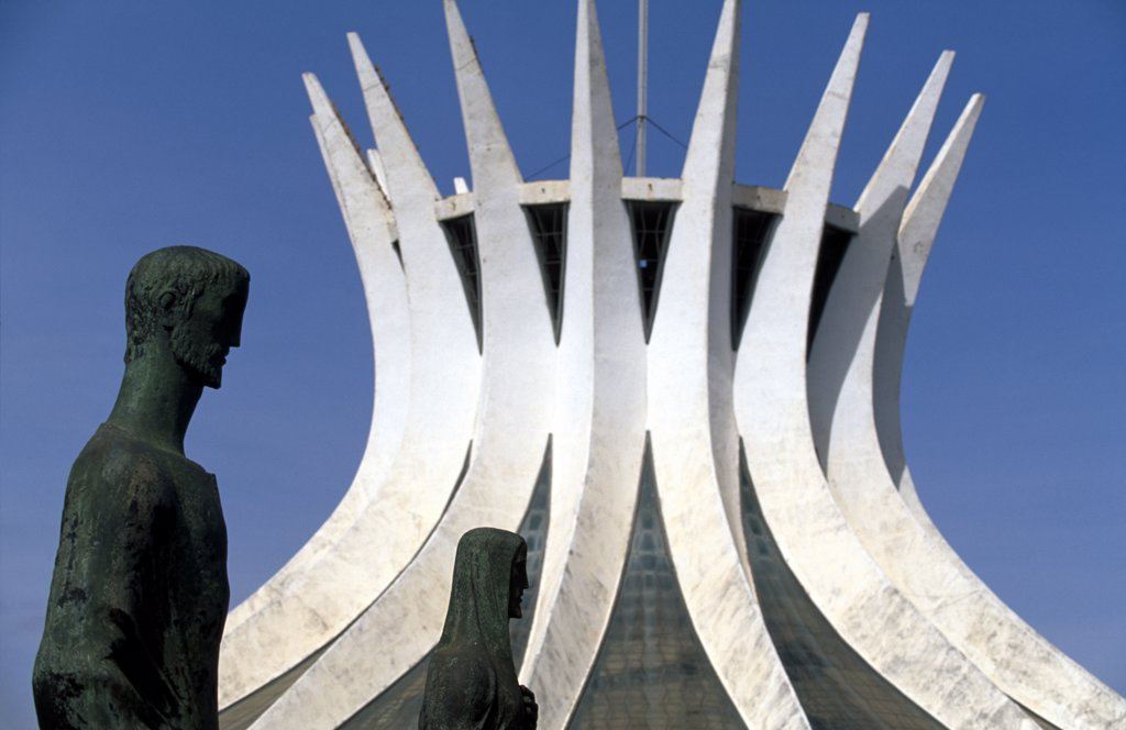 Statues outside modern building, Cathedral, Brasilia, Brazil. : Stock Photo