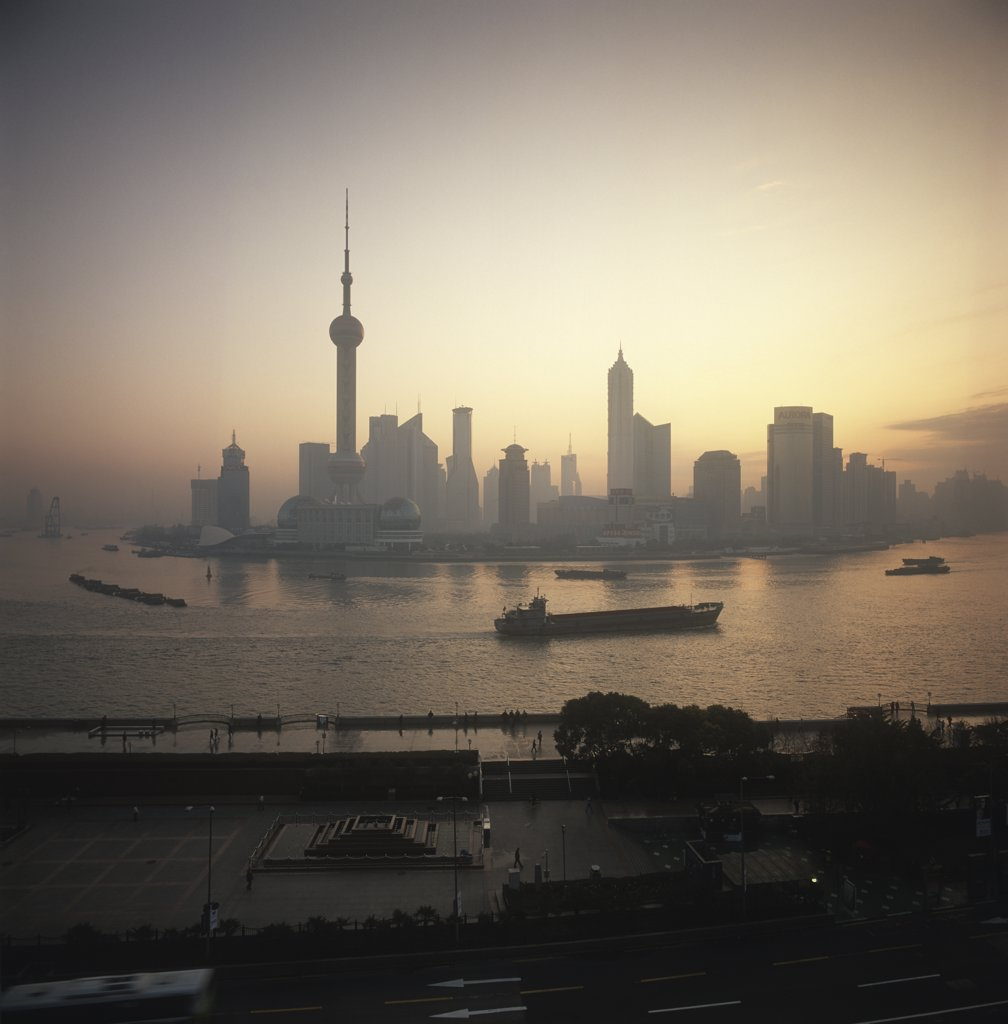 Stock Photo: 1783-10726 Skykine at dawn,Pudong business district,  Huangpu River. , Shanghai,China.