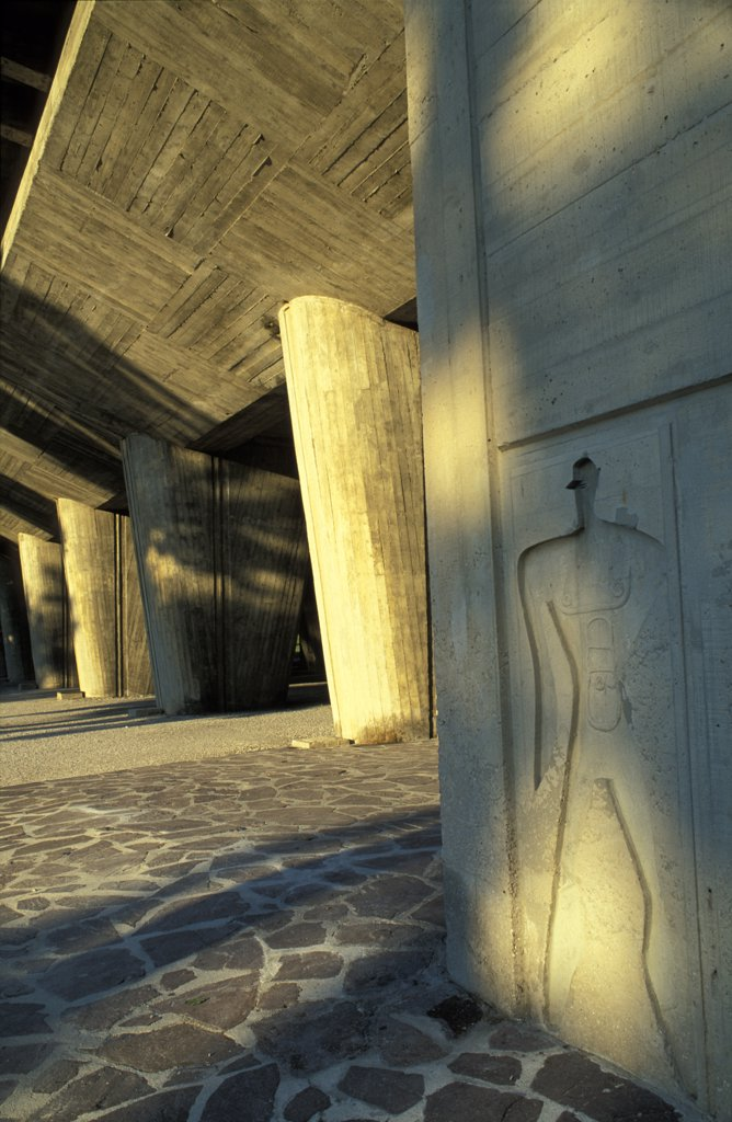 Stock Photo: 1783-12764 Stone relief, Unite D'Habitation apartements: Le Corbusier , Marseille, France.