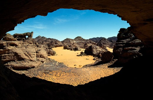 Natural arch in Accacus Mountains, Libya. : Stock Photo