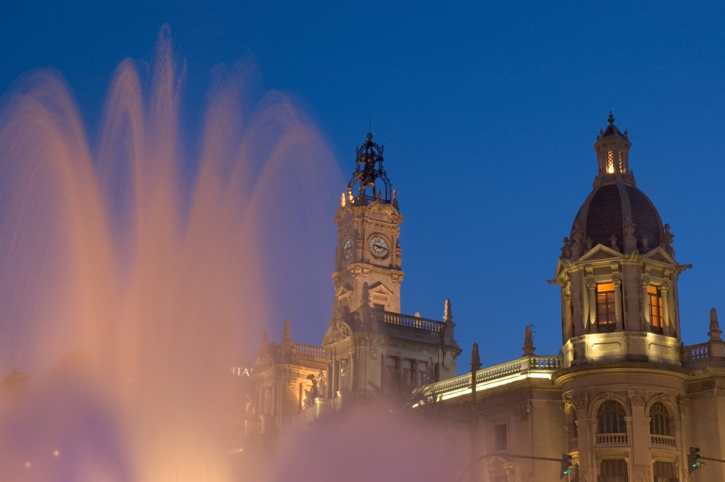Stock Photo: 1783-20487 City hall and fountain in Plaza del Ayuntamiento, Close Up , Valencia, Spain