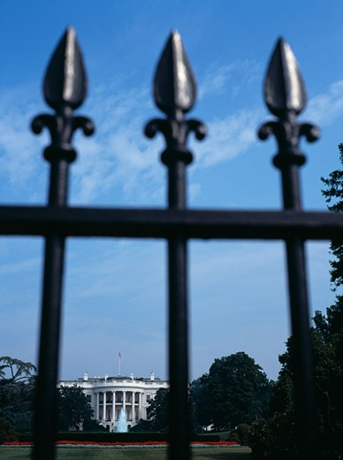 Stock Photo: 1783-24487 The White House as seen through fence, Washington DC, United States
