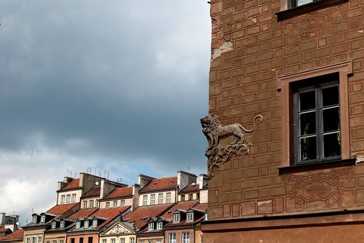 Stock Photo: 1783-31328 Lion motif on a wall of a late_Renaissance style burgher house near the market square of the UNESCO World Heritage SiteOld Town district of Warsaw, Poland. Lion motif on a wall of a late_Renaissance style burgher house near the market square of the UNESCO World Heritage Site