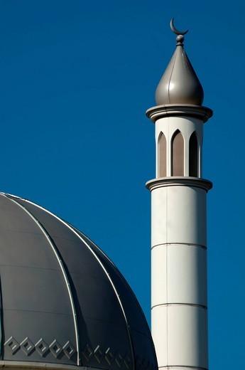 Mosque minaret and blue skyHounslow, London, UK. Mosque minaret and blue sky : Stock Photo