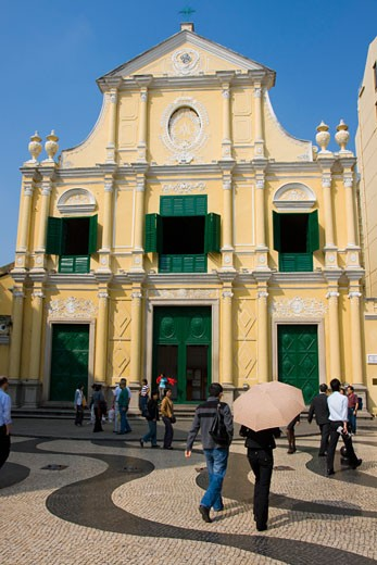 People in front of St Dominics church,  Macau, China : Stock Photo