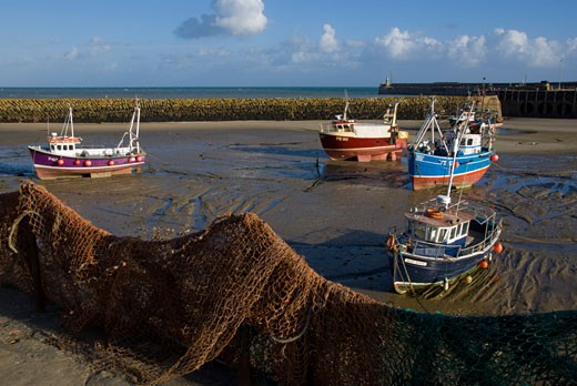 Boats in Folkstone harbour,  Kent, England : Stock Photo