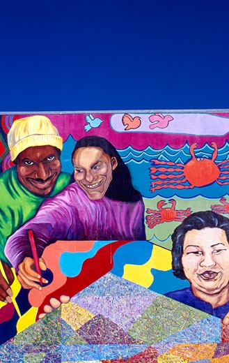 Colourful mural, Mission District,  San Francisco, USA  : Stock Photo