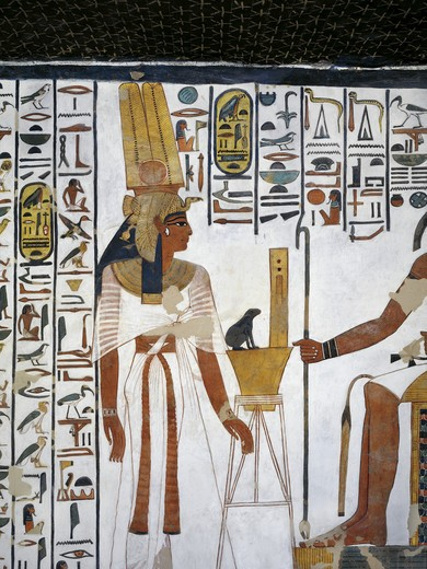 Egypt, Thebes, Luxor, Valley of the Queens, Tomb of Nefertari, Annex to antechamber, Mural paintings, Queen before divine scribe Thoth : Stock Photo