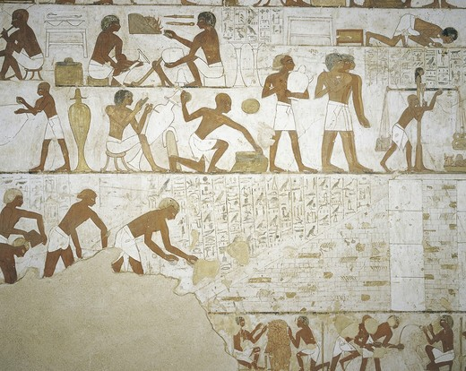 Egypt, Thebes, Luxor, Sheikh 'Abd al-Qurna, Tomb of city governor and vizier Rekhmire, Burial chamber, Mural paintings, Craftsmen : Stock Photo