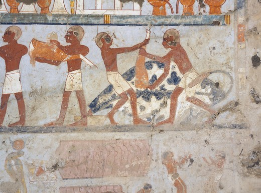 Egypt, Thebes, Luxor, Sheikh 'Abd al-Qurna, Tomb of standard-bearer of pharaoh Pehsukher, Mural paintings, Butchery : Stock Photo