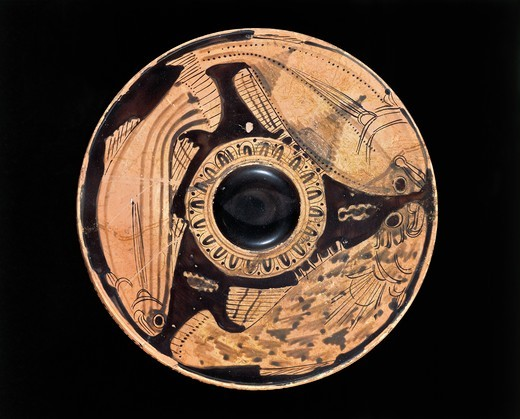 Etruscan civilization, Red-figure pottery, Plate depicting fish, From Spina, Ferrara Province : Stock Photo