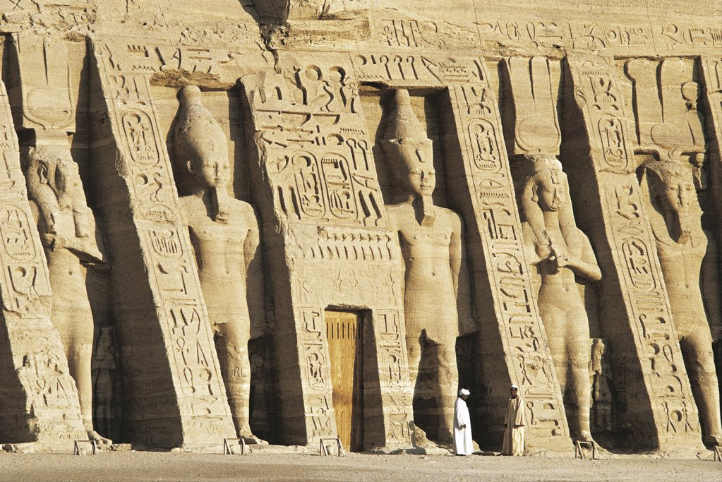 Egypt. Nubian monuments at Abu Simbel (UNESCO World Heritage List, 1979). Dedicated to goddess Hathor Temple of Nefertari on Lake Nasser : Stock Photo