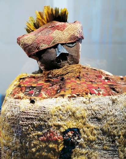 Funerary urn, Peru, Pre-Inca civilization, Paracas culture : Stock Photo