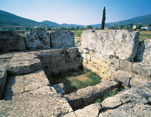 Greece, Peloponnesus, Nemea, Temple of Zeus : Stock Photo
