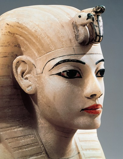 Ancient Egyptian painted alabaster head from Treasure of Tutankhamen, New Kingdom, XVIII Dynasty : Stock Photo