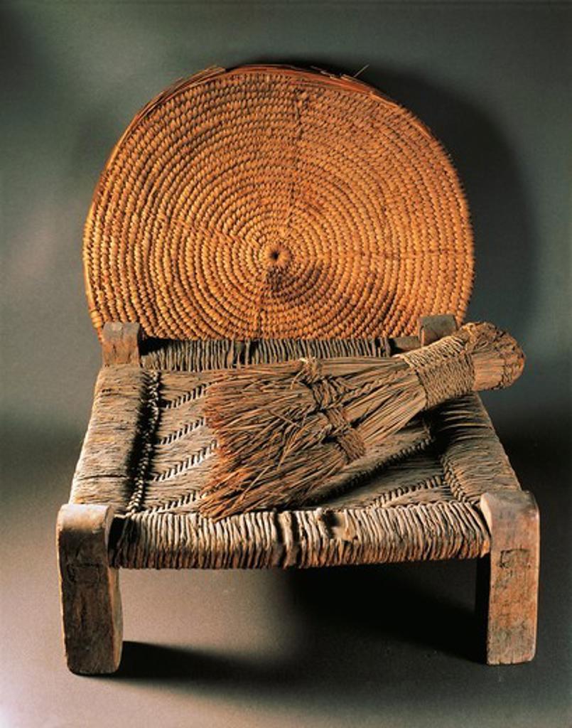 Home furnishings: fiber basket, wood stool and broom from Deir el Medina, New Kingdom : Stock Photo