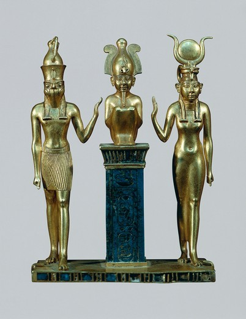 Gold and lapis lazuli figurines of Osiris, Horus and Isis: the triad of Osorkon, Middle Kingdom, Dynasty XXII, 970-730 B.C. : Stock Photo