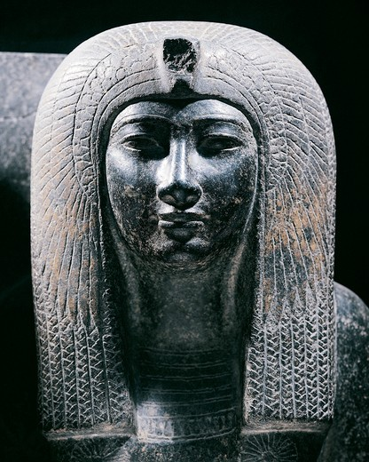 Stock Photo: 1788-17759 Black granite statue depicting the Queen Tiaa, wife of Amenhotep II and mother of Thutmose IV, detail, New Kingdom, Dynasty XVIII
