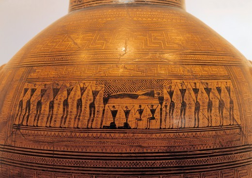 Geometric-style amphora depicting prothesis scene, exposure and lamentation of dead, by Dipylon Master, from Necropolis of Dipylon, Athens : Stock Photo