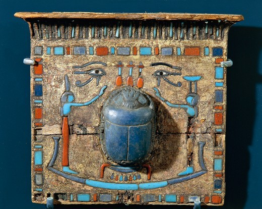 Stock Photo: 1788-18982 Ornament of a mummy: pectoral with scarab made of lapis lazuli