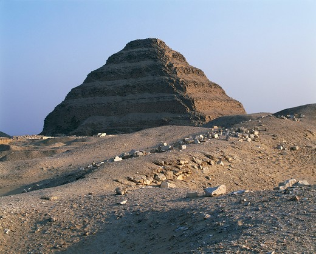 Egypt, Saqqara, Funerary complex of king Djoser. Step Pyramid : Stock Photo