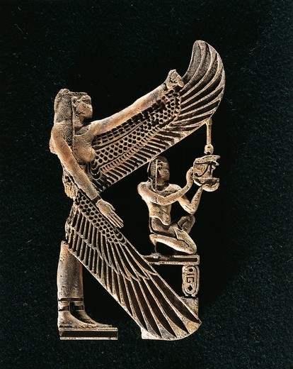 "Decorative wooden component: goddess Isis protecting a king who is offering the """"neb"""" sign, the cartouche shows the name of Pharaoh Sehibra : Stock Photo"