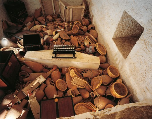 Stock Photo: 1788-19283 Replica of hiding-place beside sarcophagus chamber with pottery and baskets, from King Tutankhamen's tomb
