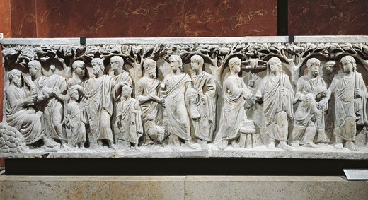 Marble sarcophagus, relief with scenes from Old and New Testament : Stock Photo