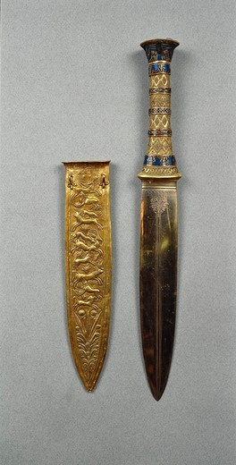Stock Photo: 1788-20320 Dagger of the king containing semi-precious stones, decorated with hunting scene, from Treasure of Tutankhamen