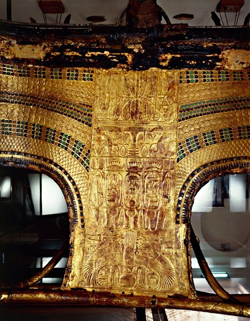 Treasure of Tutankhamen, royal chariot from New Kingdom : Stock Photo