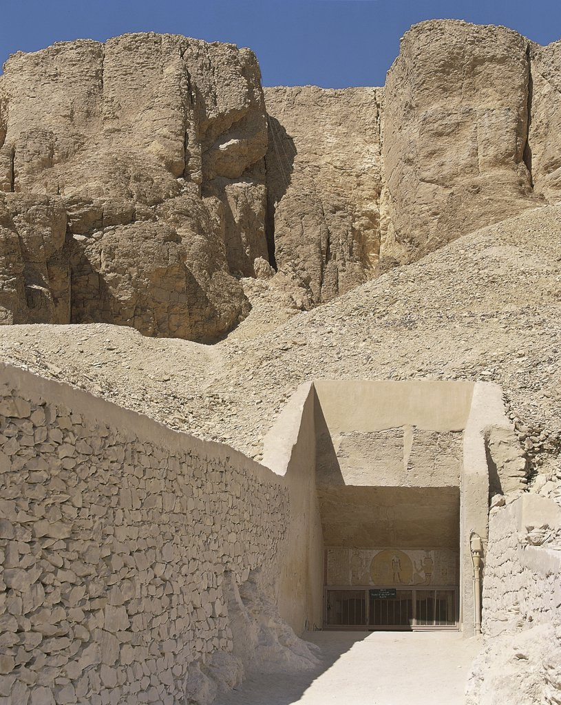 Egypt - Ancient Thebes (UNESCO World Heritage List, 1979). Valley of the Kings. Tomb of Merneptah 1224-1214 BC. Access to tomb : Stock Photo