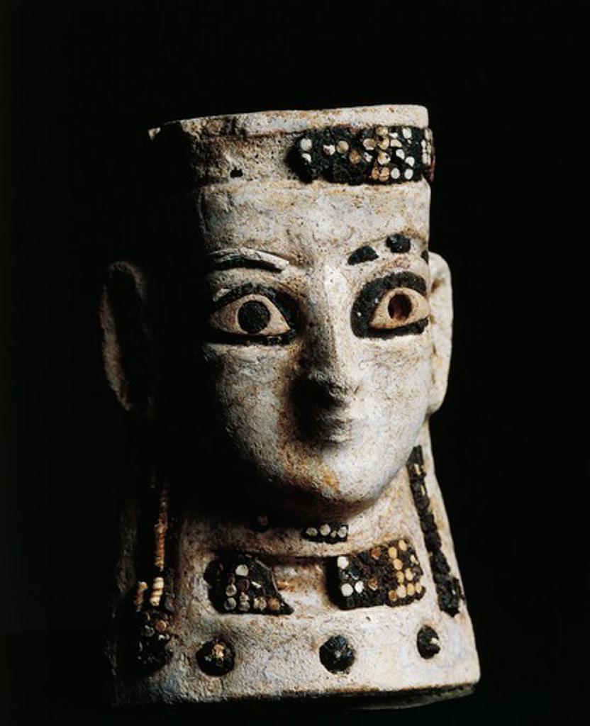 Stock Photo: 1788-22379 Iraq, Tell al-Rimah, Female face, frit