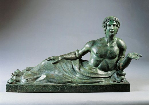 Stock Photo: 1788-23613 Lid of a cinerary urn with a portrait of a reclining young man, 400/375 B.C., bronze