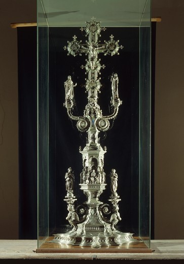 Stock Photo: 1788-26321 Silversmith's art, Italy, 15th century. Antonio Benci called il Pollaiolo (1431-1498) and Betto di Francesco Betti (1421/1422 - after 1480), partly enamelled silver cross for the altar of Florence Baptistery.