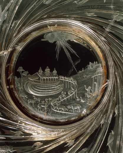 Stock Photo: 1788-27004 Goldsmith's art, Italy, 16th century. Giovanni Bernardi (1494-1553), Rock crystal dish with gold mount and engraved scenes of Noah's Ark and gadrooning. Diameter cm. 30.3.