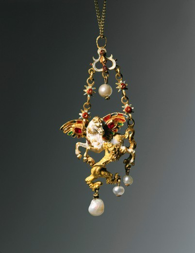 Goldsmith's art, Flanders, 16th century. Enamelled gold set with pearls and rubies pendant depicting Pegasus attacked by Chimera, 1570-1580, mm. 65x28 : Stock Photo