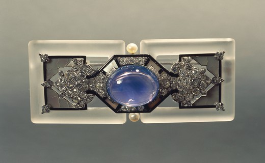 Stock Photo: 1788-27157 Goldsmith's art, France, 20th century. Rock crystal, mother-of-pearl and cabochon cut sapphire rectangular brooch.