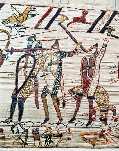 Soldiers fighting, detail of Queen Mathilda's Tapestry or Bayeux Tapestry depicting Norman conquest of England in 1066, France, 11th century. : Stock Photo