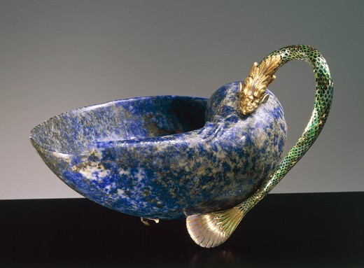 Stock Photo: 1788-27742 Goldsmith's art, Italy, 16th century. Giovanni Battista Cervi (1532 -1586), enamelled gold and lapis lazuli cup, cm. 8x15