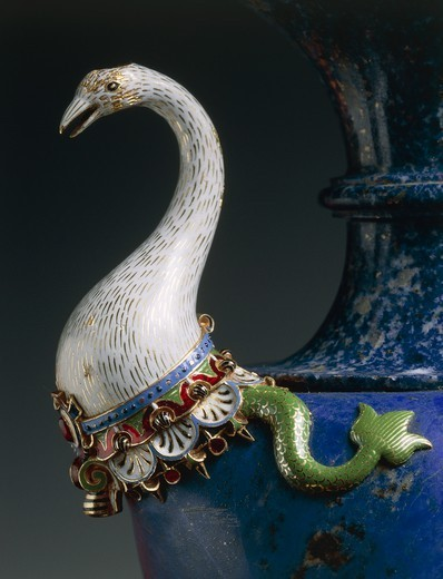 Stock Photo: 1788-27751 Goldsmith's art, Italy, 15th century. Hans Domes (active 1563-1601), Lapis lazuli water ewer, with enamelled gold and gilt bronze. Height 27.5 cm. Manufacture of the Casino di San Marco Workshop.
