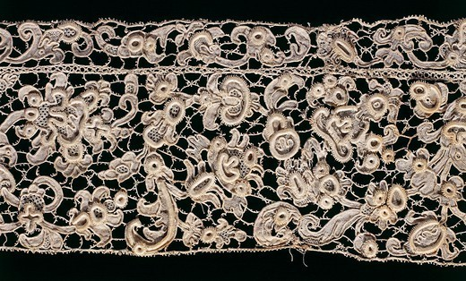 Laces, 17th century. Venice stitch (Punto Venezia) needle lace hems with high relief foliage, approximately 1650. Detail. : Stock Photo