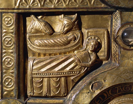 Stock Photo: 1788-28435 Goldsmith's art, Denmark, 13th century. Wooden altar covered in gold leaf, from Olst near Randers, 1200-1225. Detail: Nativity.