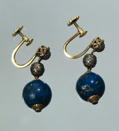 Stock Photo: 1788-28616 Goldsmith's art, Italy, 20th century. Lapis lazuli earrings with gold and silver elements. Part of a parure together with a waist necklace, created for Gabriele D'Annunzio, 1930s.