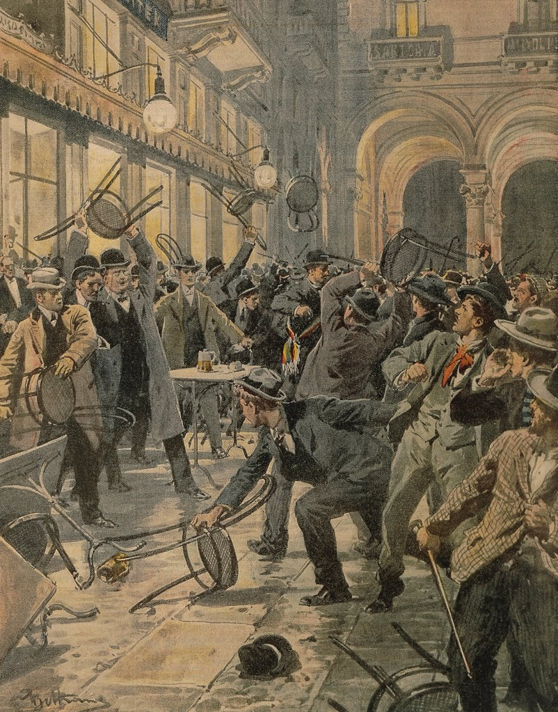 General workers strike in Milan: Riots in Galleria Vittorio Emanuele II. Illustrator Achille Beltrame (1871-1945), from La Domenica del Corriere, 1906. : Stock Photo