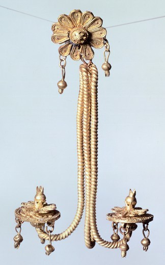 Stock Photo: 1788-41391 Gold earring from Milo (Greece). Goldsmith art, Greek Civilization.