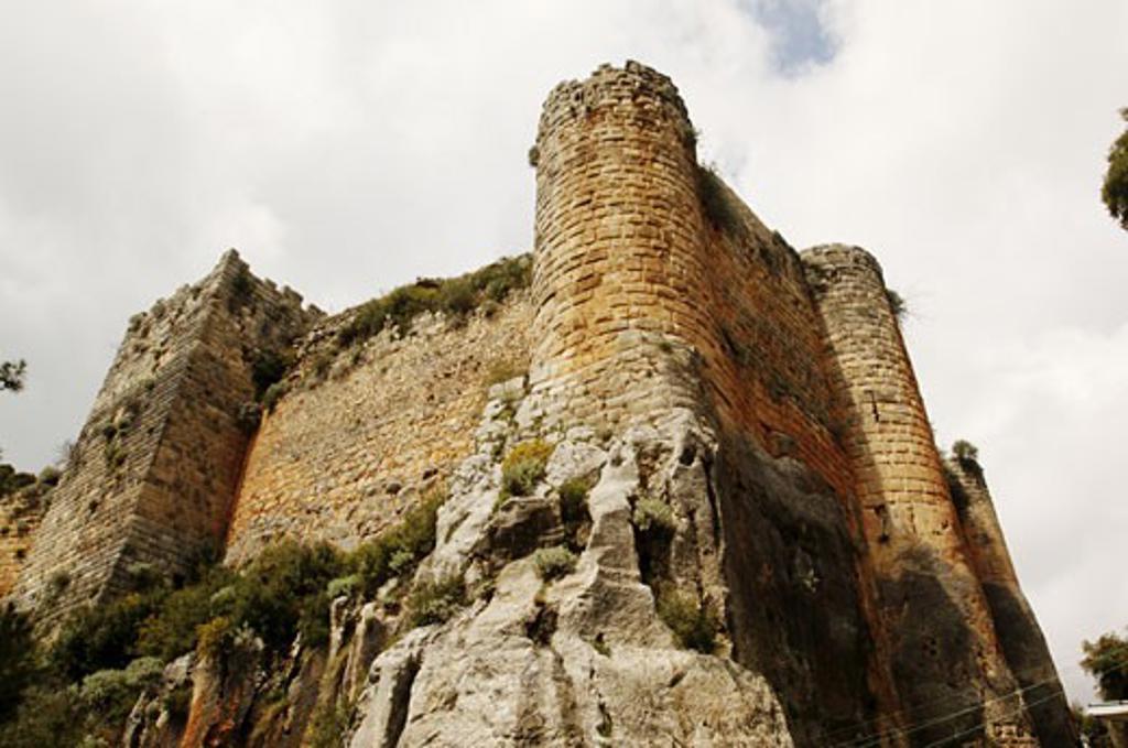 Stock Photo: 1788-4817 Syria - Latakia. Fortress of Saladin 'Qal'at Salah El-Din'. UNESCO World Heritage List, 2006